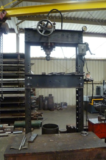 60 ton hydraulic verticle press